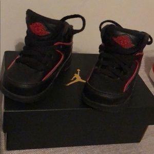Jordan 2 Retro BT Toddler size 5C